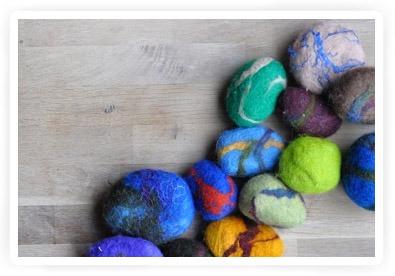 zelf maken: vilten stenen