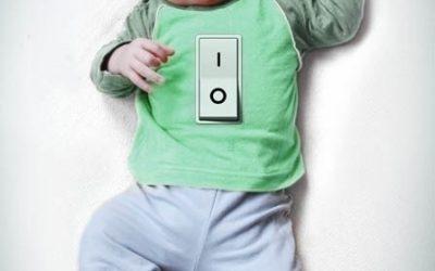 Uit-knop voor baby's, over Harvey Karp